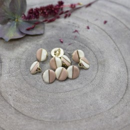Wink Buttons Off-White - Maple