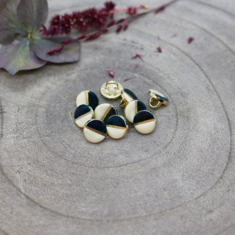 Wink Buttons Off-White - Forest
