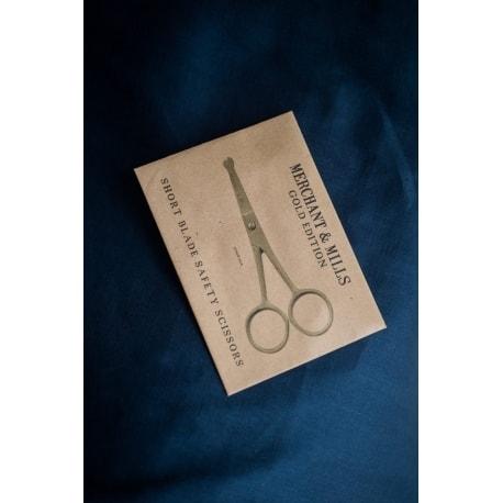 Short Blade Safety scissors